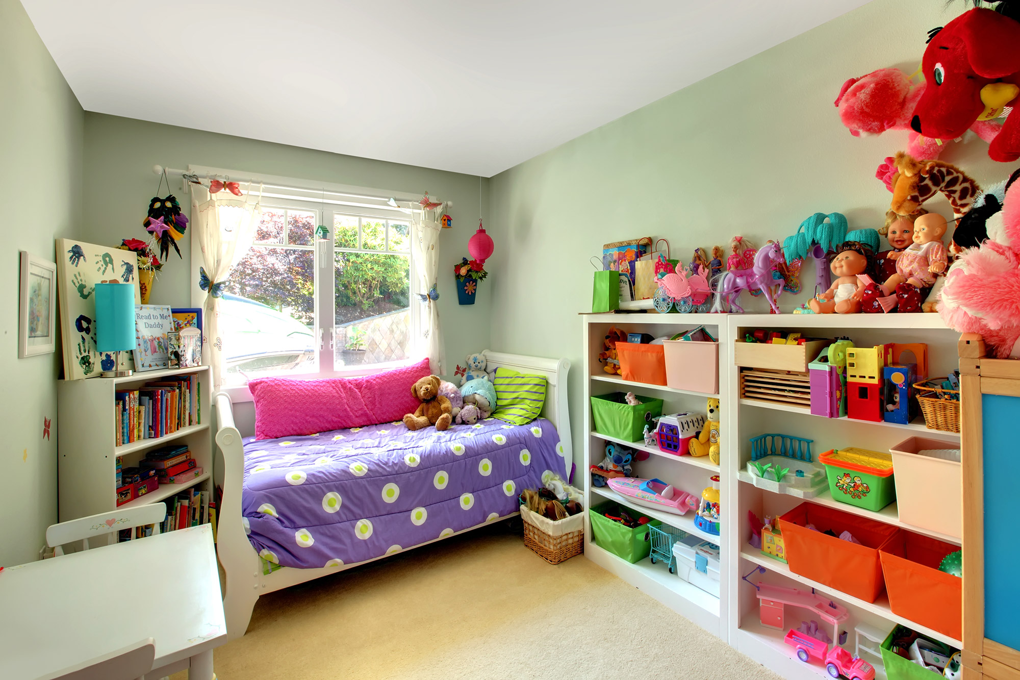 Rose Organizing Bedroom